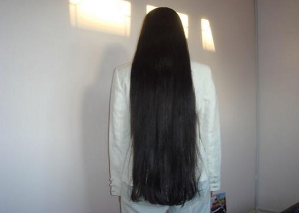 Приснились длинные густые волосы - толкование сна по сонникам