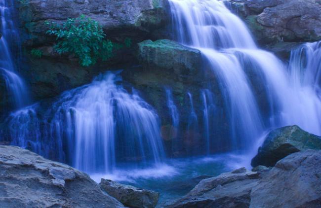 Приснился водопад - толкование сна по сонникам