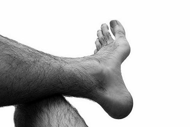 Приснились волосы на ногах - толкование сна по сонникам