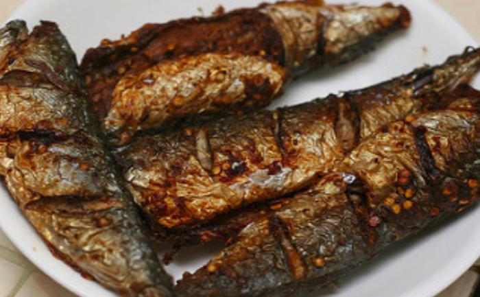 Жарить рыбу - толкование сна по сонникам