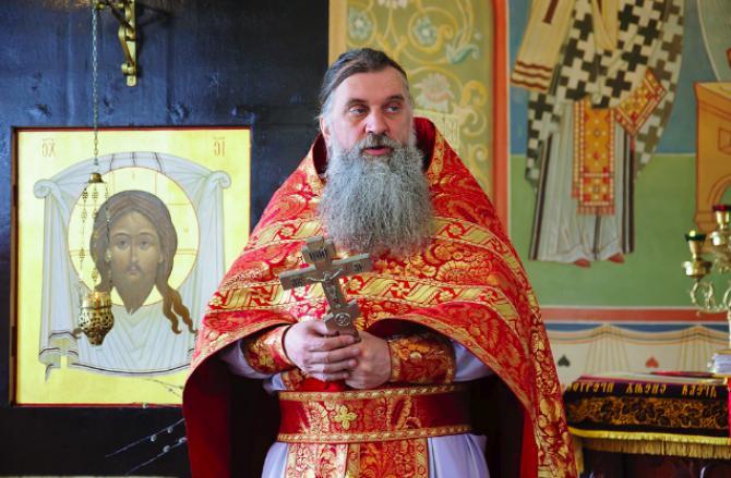 К чему снится священник - сон